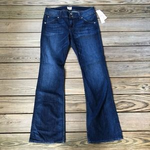 Hudson Signature Bootcut Style W170DXA